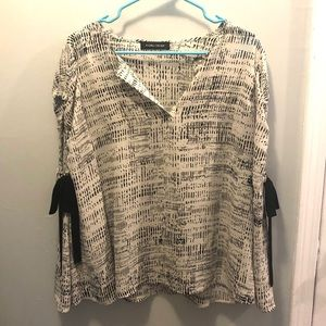 Ivanka Trump Blouse Shirt Cream/Black Sz L